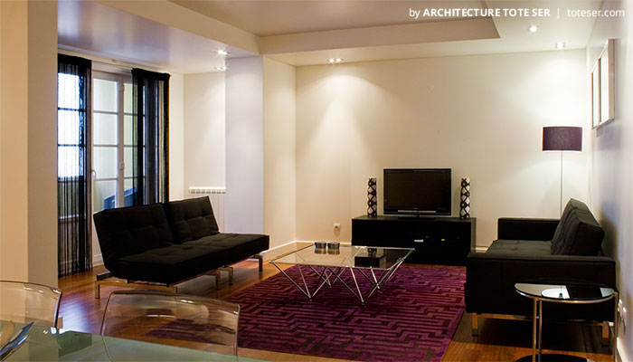 Living of the 3 bedroom apartment room in Chiado, Lisbon