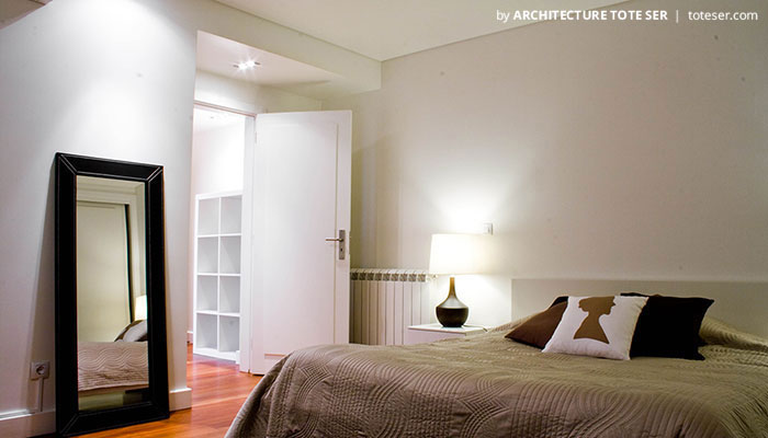 Bedroom' suite of the 3 bedroom apartment in Chiado, Lisbon