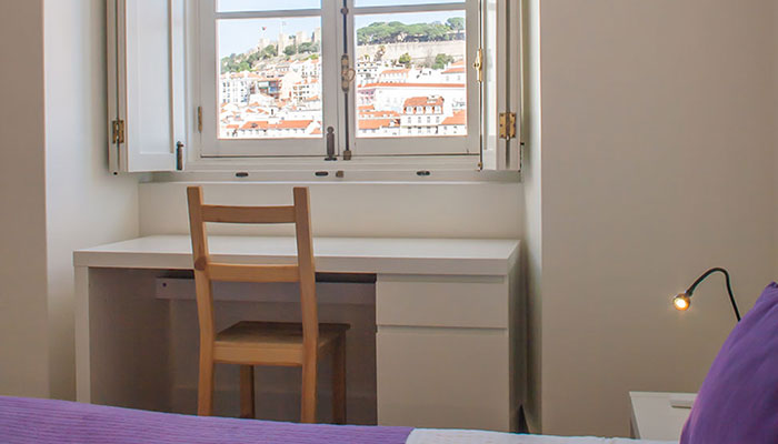 Quarto do apartamento T2 no Chiado, Lisboa