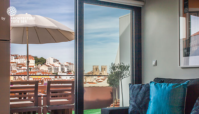 Terrace of the 2 bedroom duplex apartment in Chiado, Lisbon