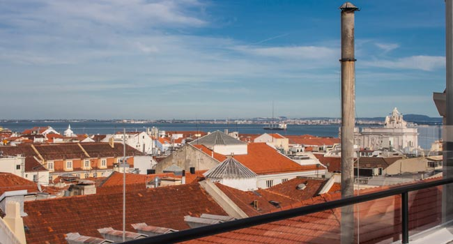 2 bedroom duplex apartment in Chiado, Lisbon
