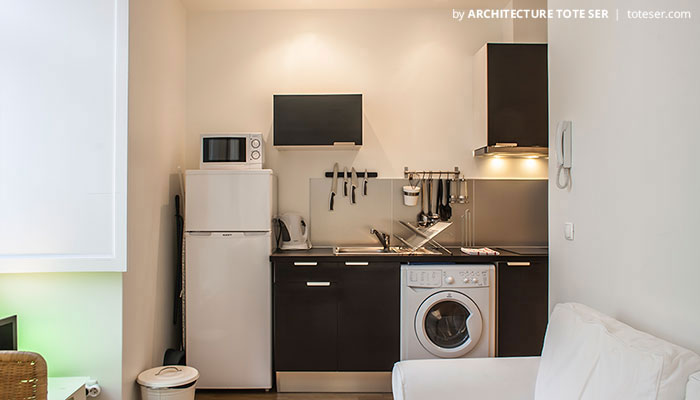 Kitchenette of the Studio apartment in Chiado, Lisbon