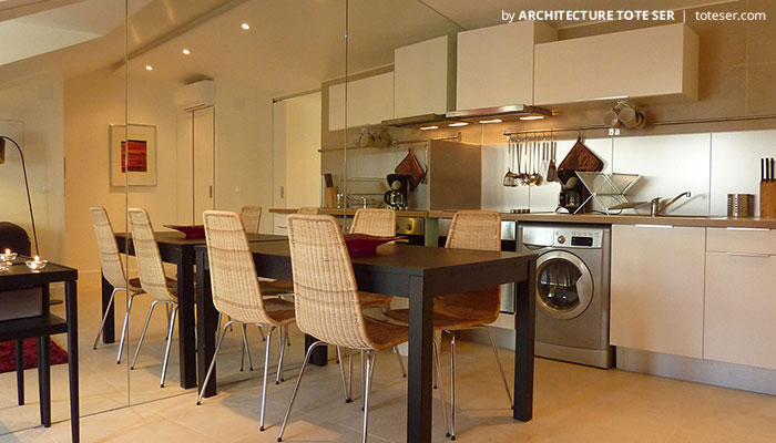 Kitchenette of the 1 bedroom apartment in Lapa, Lisbon