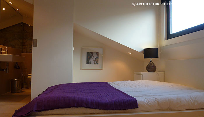 Bedroom of the 1 bedroom apartment in Lapa, Lisbon