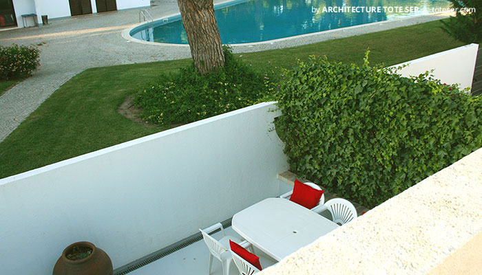 Terrace of the 2 bedroom villa in Vilamoura, Algarve